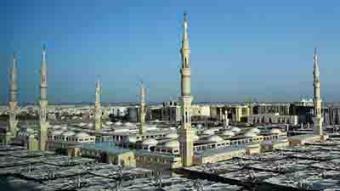 沙特国土面积和人口_沙特不缺钱就缺地,然而这次交易是沙特最失败的一次土地