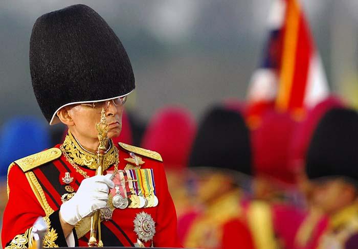 泰国国王普密蓬 阿杜德去世 组图