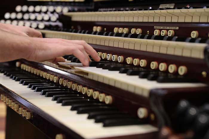 跨越百年的中美乐曲——巨型管风琴重生记(组图)图片