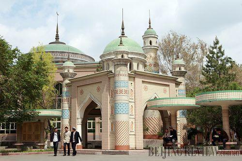 imam training: uygurs receive islamic education at the xinjiang islamic institute in urumqi图片